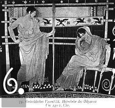 La calibrazione di un telaio poteva durare fino a due settimane per i motivi più complicati. Dato che l'abbigliamento greco non variava di molto attraverso i ceti sociali, la qualità del filo e la complessità del disegno segnavano la differenza tra vestirsi Vögele o Armani. La tessitura era quindi un momento chiave del processo. Un chitone semplice poteva essere finito in due settimane, ma per quello offerto alla statua di Atena durante le Panatenaiche ci volevano nove mesi di lavoro.