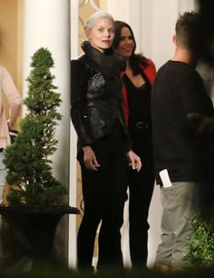 "Lana Parilla and Jennifer Morrison - Behind the scenes - 5 * 5 "" Dream Catcher"" - 26 August 2015"