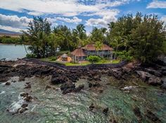 Neil Young lists Hawaiian compound for $25M