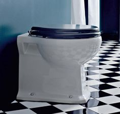 Beautiful Sbordoni Neoclassica toilet with wall outlet