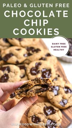 The Best Paleo Chocolate Chip Cookies! The perfect taste and texture and no one will be able to tell they're healthy! Gluten free, dairy free, and naturally sweetened. These are a must-make! Gluten Free Chocolate Chip Cookies, Paleo Cookies, Chocolate Recipes, Chocolate Cake, Sweet Recipes, Real Food Recipes, Yummy Food, Paleo Recipes, Delicious Recipes