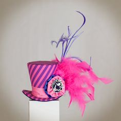 Buy Now Cheshire Mini Top Hat inspired,mad hatter hat,tea party hat, alice in… Mad Hatter Hats, Mad Hatter Tea, Mad Hatters, Tea Party Theme, Tea Party Hats, Alice In Wonderland Crafts, Wonderland Party, Funky Hats, Steampunk Hat