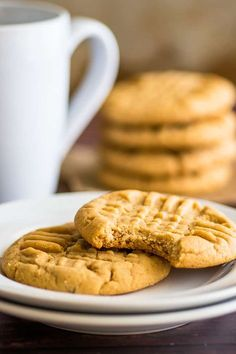 These small-batch Peanut Butter Cookies are easy to make, super peanut buttery, and SO addictive.   #cookies   #peanutbutter   Small-batch Desserts   Desserts for Two  