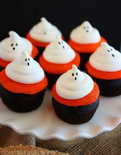 ghostly-dark-chocolate-cupcake-best-easy-halloween-party-treat-food-for-kid