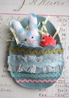 Couture+:+petit+lapin+pour+décoration+de+pâques