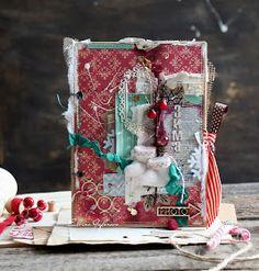 Друзья! У меня снова намечается поездка в прекрасный Петербург и есть желание провести МК, который пройдет 15 ноября в культурно-образ... Create Christmas Cards, Christmas Paper Crafts, Scrapbook Cards, Scrapbooking, Magical Christmas, December Daily, Snow Globes, Gingerbread, Scrapbook