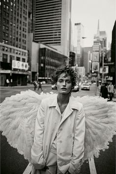kafkasapartment: Amber Valletta, New York, USA, 1993. Peter Lindbergh. Baryte print