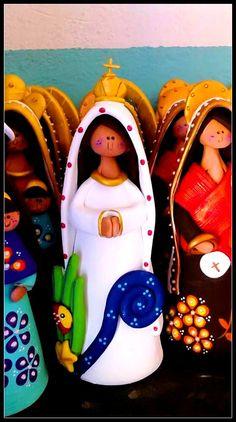 reciclandoenelatico.com  Virgen del Valle. Isla de Margarita. Venezuela. Artesanía típica hecha por mujeres venezolanas