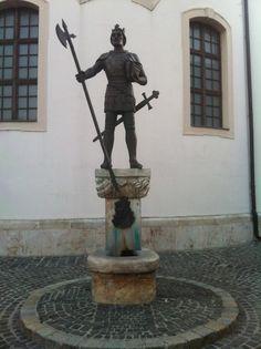 Mosonmagyaróvár Szent László király szobra