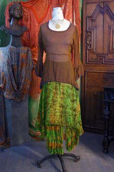 384a3201c5 51 fantasztikus kép a(z) rojtos tábláról | Fringe dress, Boho dress ...
