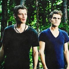 klaus, tvd, and the vampire diaries afbeelding Paul Wesley Vampire Diaries, The Vampire Diaries 3, Vampire Diaries The Originals, Damon And Stefan Salvatore, Damon Salvatore Vampire Diaries, Klaus Tvd, Klaus The Originals, The Salvatore Brothers, Popular Book Series