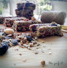 Healthy Sweets, Healthy Recipes, Nut Bar, Cereal Bars, Energy Snacks, Healthy Choices, Dairy Free, Breakfast Recipes, Bakery