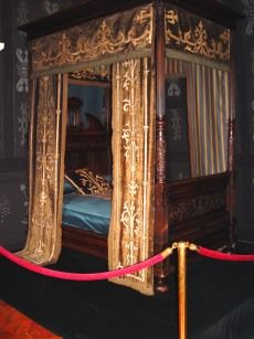 french renaissance bed