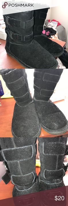 Black BearPaw fur boots **BRAND NEW** Brand New black bearpaw fur lined boots wth buckles on the side. Ankle height. Never worn!! BearPaw Shoes Winter & Rain Boots