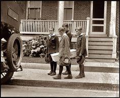 Dog funeral, Washington, D.C., circa 1922. National Photo Company Collection.