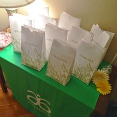 P.S. by Macaron Hoarder: How to Set Up Your Arbonne Party