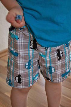 Frau Locke näht: Kids Shorts