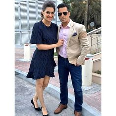 Varun Dhawan and Kriti Sanon pose for Paparazzi during the promotions of their upcoming movie Dilwale. ...
