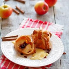 Äpfel im Schlafrock » Kochrezepte von Kochen & Küche French Toast, Pudding, Breakfast, Desserts, Food, Baked Apples, Apple Recipes, Oven, Dessert Ideas