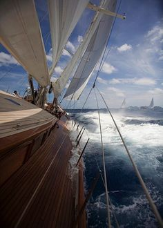 Sailing through the wind