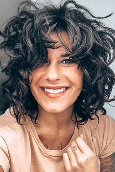 Outstanding Shag Haircut Ideas For All Textures, Lengths, And Tastes ★ Wavy Haircuts Medium, Thick Curly Haircuts, Curly Shag Haircut, Modern Shag Haircut, Medium Shag Haircuts, Medium Hair Cuts, Medium Hair Styles, Shaggy Haircuts, Layered Haircuts