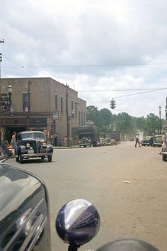 #northcarolina #downtowns #smalltown #depression #south Colorized by Steve Smith. Colorized Historical Photos, Colorized History, Siler City, Steve Smith, Small Towns, North Carolina, Depression, Clouds, Travel