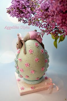 Easter egg - Cake by Aggeliki Manta Easter Egg Cake, Easter Cookies, Easter Treats, Easter Egg Designs, Spring Cake, Easter Chocolate, Novelty Cakes, Egg Decorating, Marzipan