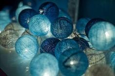 guirlandes lumineuses bleues la case de cousin paul
