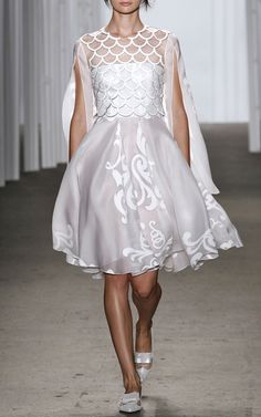 NY Fashion Week, preorder Honor Spring 2015 Trunkshow Look 8 - White Fleur De Lis Pigment Organza Dress With Leather Laser-Cut Overlay