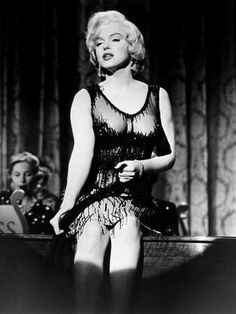 Vintage Hollywood, Hollywood Glamour, Glamour Hollywoodien, Orry Kelly, Marilyn Monroe Fotos, Cinema Tv, Some Like It Hot, Idole, Actrices Hollywood