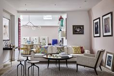 After 17 years in her London mews house, designer Christine Van Der Hurd has overseen its recent transformation, adding a floor and experimenting with a bolder approach to the decoration Tiny Living Rooms, Living Room Modern, Living Room Decor, Living Spaces, Mews House, Townhouse Designs, London House, Designer, Furniture Design