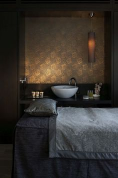 Most Design Ideas Day Spa Room Decorating Ideas Salon And Spa One Day Spa Pictures, And Inspiration – Reconhome Inspection Massage Room Design, Massage Room Decor, Massage Therapy Rooms, Day Spa Decor, Spa Room Decor, Spas, Spa Treatment Room, Beauty Salon Decor Treatment Rooms, Massage Treatment