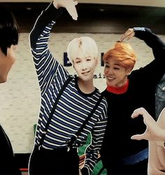 Chim Chims LITTLE AEGYO FACE KILLS ME EVERYTIME. HE IS SO EXCITED TO BE HEARTEU W/ SUGA