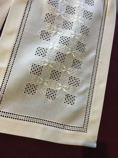 Hardanger Embroidery, Learn Embroidery, Embroidery Stitches, Embroidery Patterns, Hand Embroidery, Back Stitch, Cross Stitch, Bookmark Craft, Drawn Thread