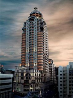 Michelangelo Towers - Michelangelo Towers offers superb accommodation in luxurious self-catering suites. The hotel is situated in Sandton in Johannesburg and is only 30 minutes from the O.R. Tambo International Airport. Guests ... #weekendgetaways #johannesburg #southafrica