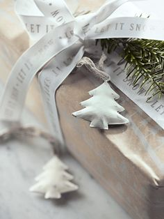 Six Whitewashed Metal Trees. 5.5cm, 6 for £6.50, perfect for gift embellishments or mini trees.
