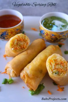 Easy Vegetable Spring Roll via rolls Vegetable Spring Roll Recipe - Quick and Easy - Babs Projects Easy Spring Rolls, Fried Spring Rolls, Vegetable Spring Rolls, Recipe For Spring Rolls, Spring Roll Recipes, Healthy Spring Rolls, Vegetable Egg Rolls, Thai Spring Rolls, Baked Vegetable Spring Roll Recipe