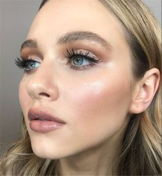 35 Simple Everyday Makeup Looks for Any Season; easy everyday makeup looks; natural makeup looks. 35 Simple Everyday Makeup Looks for Any Season; easy everyday makeup looks; natural makeup looks. Gorgeous Makeup, Love Makeup, Makeup Tips, Makeup Ideas, Makeup Products, Awesome Makeup, Makeup Inspo, Natural Summer Makeup, Natural Makeup Looks