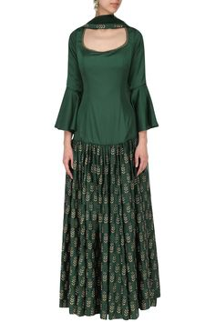 Ridhi Arora presents Bottle green embroidered anarkali set available only at Pernia's Pop Up Shop. Dress Indian Style, Indian Dresses, Indian Wear, Indian Outfits, Gharara Designs, Kurta Designs, Blouse Designs, Anarkali, Salwar Kurta