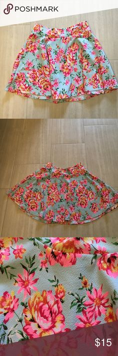 Charlotte Russe skirt Women's L Charlotte Russe skirt. Excellent used condition! Super lightweight and stretchy Charlotte Russe Dresses