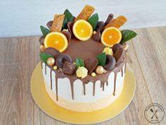 Kliknij i przeczytaj ten artykuł! Chocolate Birthday Cake Decoration, Fresh Fruit Cake, Cake Recipes, Dessert Recipes, Crazy Cakes, Dessert Decoration, Just Cakes, Pastry Cake, Cake Decorating Tips