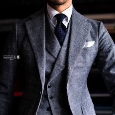 An ideas board for new clothing label Bulldog & Wasp and overspill from BespokeM Trendy Mens Fashion, Mens Fashion Suits, Mens Suits, Mens Smart Casual Outfits, Blazer Outfits Men, Mode Masculine Fashion, Suits For Guys, Brown Tweed Suit, Style Costume Homme
