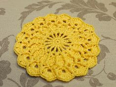 Wool Crochet: Crocheting lace Chrysanthemum Coaster