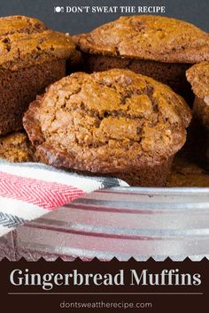 Gingerbread Muffins Gingerbread Muffins – Super easy recipe for moist, tender, and perfectly spiced Gingerbread Muffins that are perfect during the holidays. Köstliche Desserts, Delicious Desserts, Dessert Recipes, Holiday Baking, Christmas Baking, Italian Christmas, Gingerbread Muffins Recipe, Gingerbread Cookies, Homemade Muffins