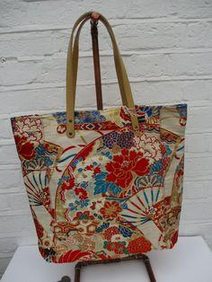 Fabric tote bag Everyday bag Mothers bag Beach bag Yukata fabric Large tote bag Canvas tote bag