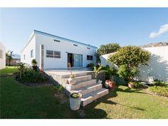 2 bedroom house in Harbour Island, Harbour Island, Property in Harbour Island -