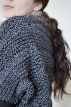 Pieni Lintu: DIY knitted bolero Anna Sui, Knitted Hats, Knitting, Diy, Fashion, Moda, Tricot, Bricolage, Fashion Styles