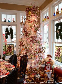 Kitchen Decorated for Christmas with Peppermint Candy, Gingerbread and Baking Santas. Love the tree.