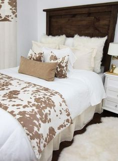 This rustic farmhouse bedding set features simple linen frills wi… Holy COW-hide! This rustic farmhouse bedding set features simple linen frills with textured fur, suede, and super-soft cowhide fabric. It's the perfect apartmen Western Bedroom Decor, Western Rooms, Home Decor Bedroom, Bedroom Furniture, Bedroom Ideas, Furniture Decor, Cowgirl Bedroom, Design Bedroom, Furniture Plans