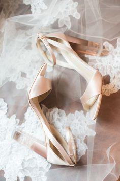 Blush chunky heels: http://www.stylemepretty.com/new-york-weddings/new-york-city/2017/01/31/rainy-day-romance-in-new-york-city/ Photography: Judy Pak - http://judypak.com/